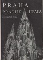 Praha v slavnostním osvětlení